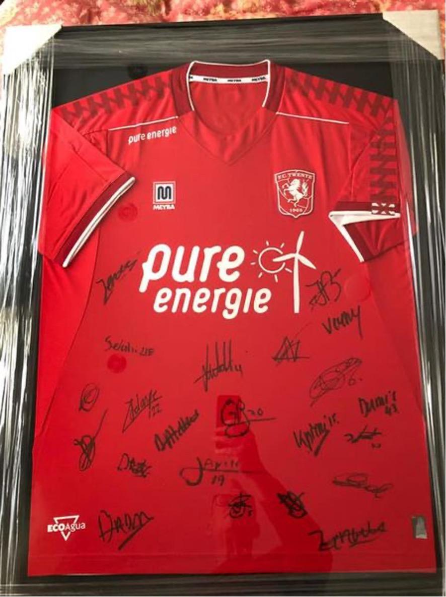 Veiling FC Twente shirt groot succes